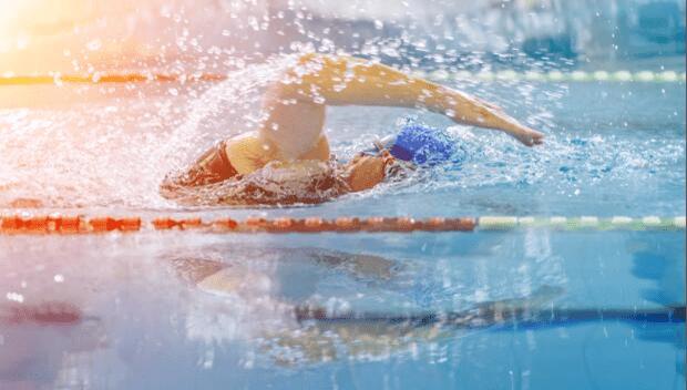 плавание в триатлоне
