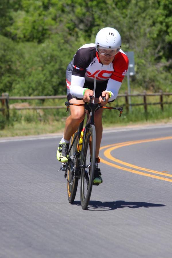Дмитрий Стрижов на вело этапе