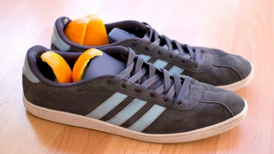 апельсиновые шкурки в кроссовках